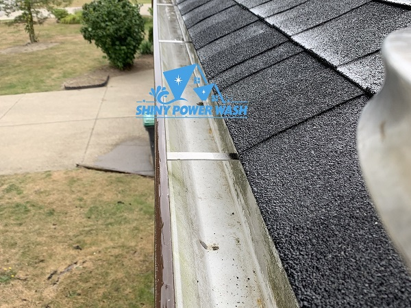 Premium Gutter Cleaning By Shiny Power Wash